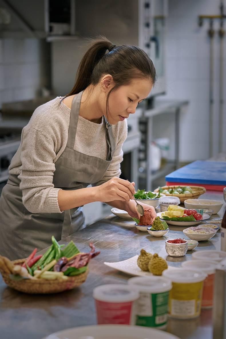 Entrevista A Kwan Homsai: Una Charla Sobre Cocina Thai, Sabores Y Recuerdos